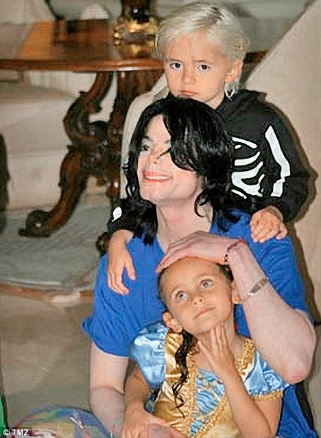 Michael Jackson with son Prince Michael and Paris.