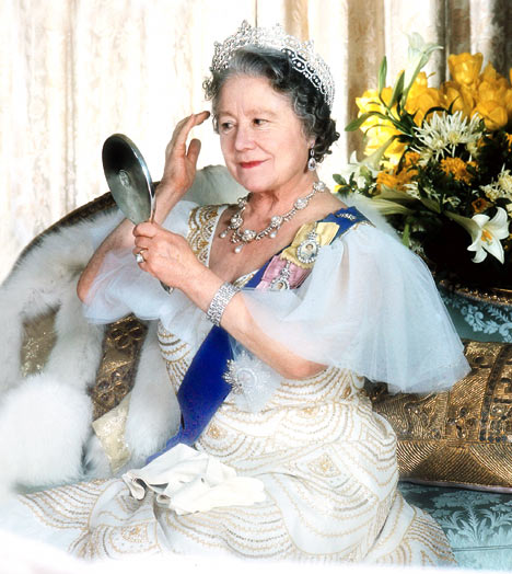 """The Queen Mum"" in later years. Queen Elizabeth II's mother died in 2002 at the age of 101. She hated the Duchess of Windsor and the Duchess of Windsor returned her sentiments, calling her the dowdy duchess [when the Queen Mum was the Duchess of York] and ""Cake"" for her confectionary style of dressing."