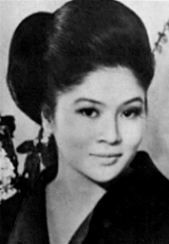 how tall is imelda marcos