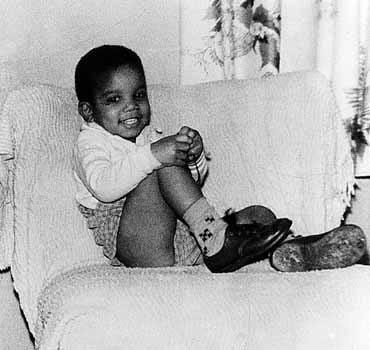 Tremendous Michael Jackson Lisas History Room Andrewgaddart Wooden Chair Designs For Living Room Andrewgaddartcom