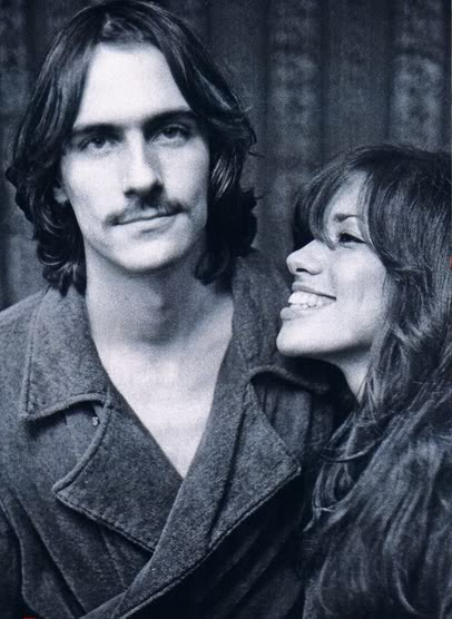 https://lisawallerrogers.files.wordpress.com/2011/01/james-taylor-and-carly-simon.jpg