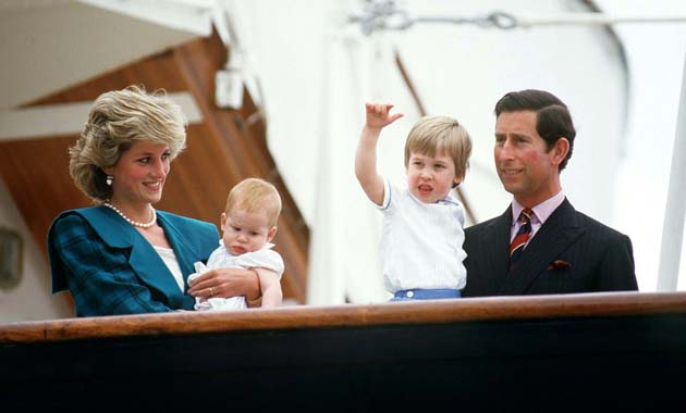 princess diana and charles kissing. princess diana prince william