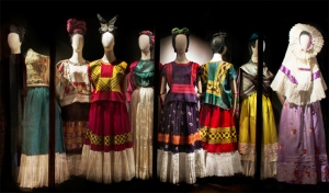 frida-kahlo-dresses-on-display-exhibition-in-mexico-city