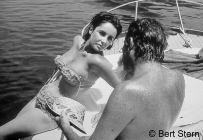During the filming of Cleopatra, Elizabeth Taylor and Richard Burton find each other. The island of Ischia, Italy, 1962© Bert Stern, courtesy of Staley-Wise Gallery, New York