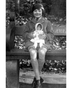 Audrey Ruston (Hepburn) ca. 1936