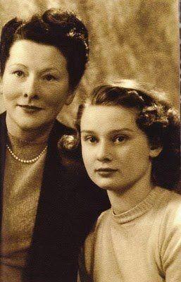 Ella van Heemstra and Audrey Hepburn, ca. 1946.