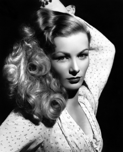 Veronica Lake wore looser curls than actresses of the day. Photo undated, ca. 1942