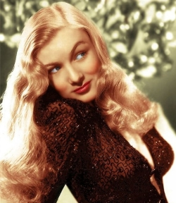 Veronica Lake was a great beauty. Ca. 1942
