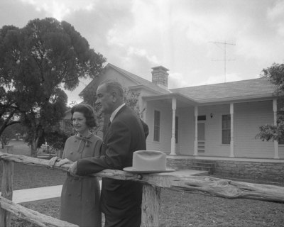 436-287-WH64_-Lyndon-and-Lady-Bird-at-the-LBJ-Ranch-on-election-day-in-1964